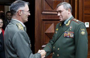 Ο σερβικός στρατός έχει την «υποστήριξη» της Μόσχας για το Κοσσυφοπέδιο
