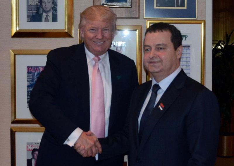 Ο Dacic υποστηρίζει Trump για το 2020