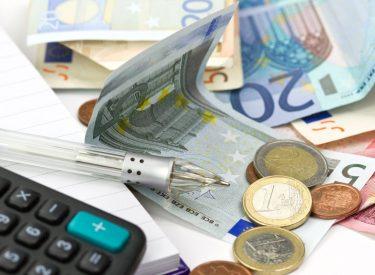 Οι Έλληνες θα πληρώσουν 27 δις. Ευρώ μέχρι τέλος του 2019