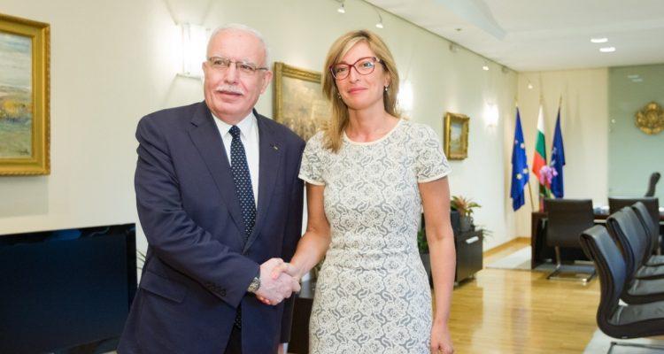 Η υπουργός Εξωτερικών της Βουλγαρίας προειδοποιεί για τον κίνδυνο νέου κύκλου βίας στη Δυτική Όχθη της Γάζας
