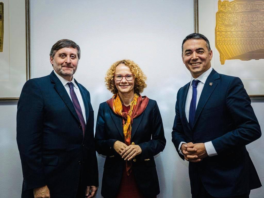 Palmer: Η Βόρεια Μακεδονία βρίσκεται στο ΝΑΤΟ και στην ΕΕ