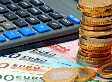 Πληρώνουν 14 δισ. ευρώ οι Έλληνες φορολογούμενοι μέχρι το τέλος του 2019