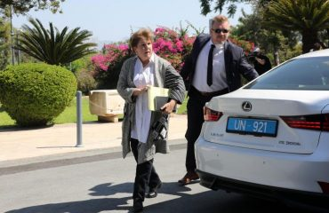 Αναστασιάδης και Akinci σε ανεπίσημη δεξίωση που φιλοξενεί η Lute το απόγευμα