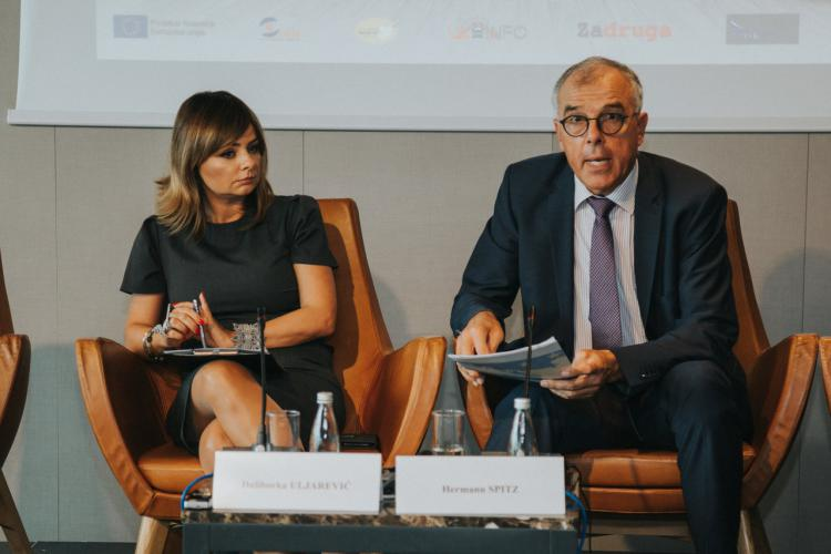 Το Μαυροβούνιο πρέπει να αντιμετωπίσει τη διαφθορά σε τοπικό επίπεδο