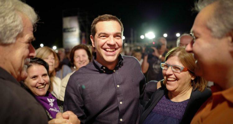 """Κάλεσμα Τσίπρα για τη """"μεγάλη δημοκρατική πορεία στον λαό"""""""