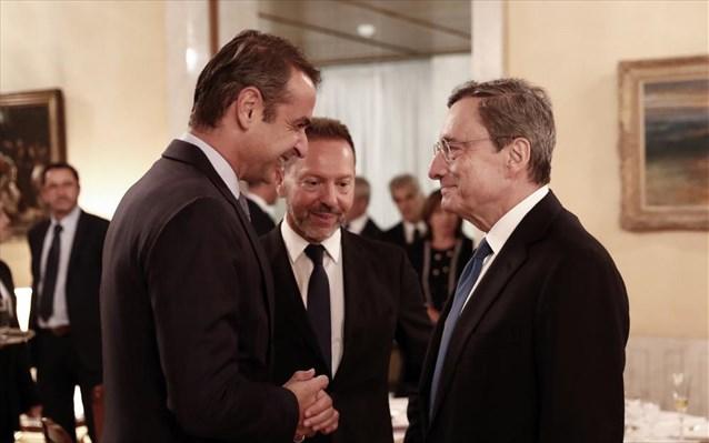 Μητσοτάκης, Ντράγκι θα συζητήσουν την πιθανή ένταξη της Ελλάδας στην QE