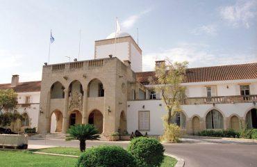 Κύπρος: Περαιτέρω χαλάρωση των περιοριστών μέτρων αναμένεται να ανακοινώσει αύριο ο Υπουργός Υγείας