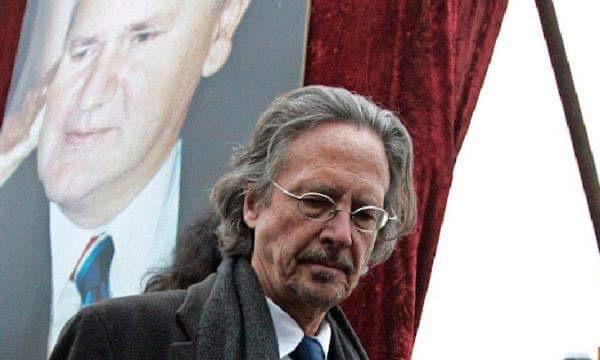 Διαδηλώσεις στην Πρίστινα για την απονομή του Νόμπελ Λογοτεχνίας στον Peter Handke