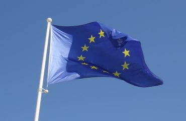 Aξιωματούχοι και υπουργοί της ΕΕ προωθούν την έναρξη των ενταξιακών συνομιλιών με Βόρεια Μακεδονία και Αλβανία