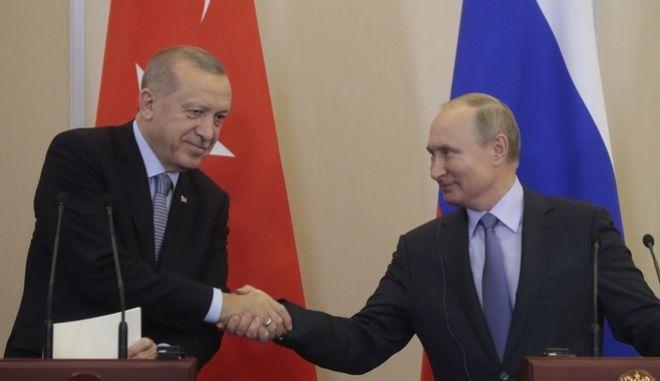 Τουρκία: Συνομιλία Erdogan-Putin