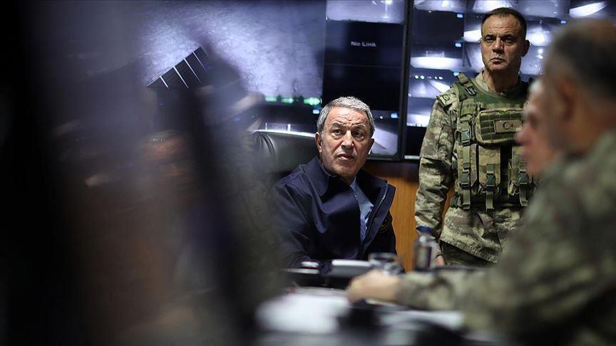 Akar: «Οι Τουρκικός Στρατός δεν χρησιμοποιεί ποτέ χημικά όπλα»
