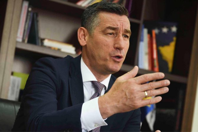 Κοσσυφοπέδιο: Ο Πρόεδρος του Κοινοβουλίου στο δικαστήριο της Χάγης
