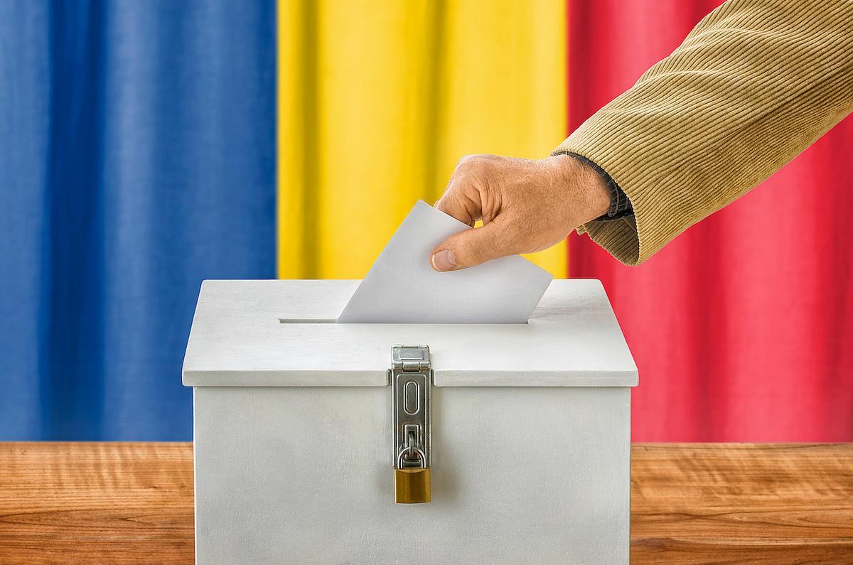 Άνοιξαν οι κάλπες για τους Ρουμάνους της Διασποράς