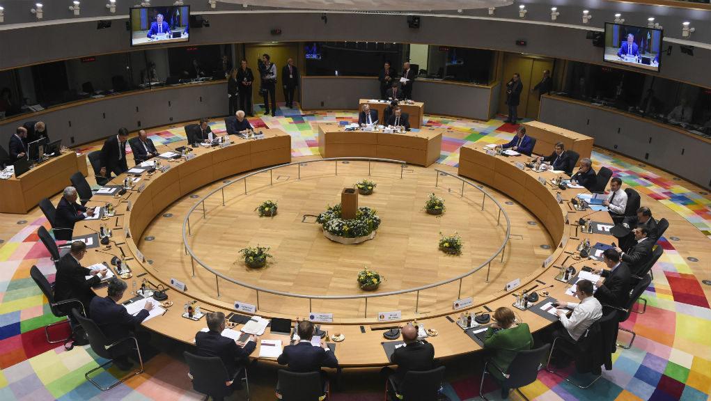 Η κυβέρνηση πάει στη συνάντηση του Eurogroup με δύο βασικούς στόχους