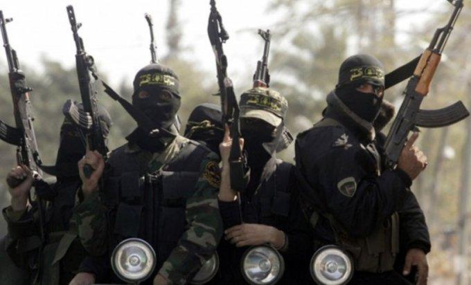 Εννέα ύποπτοι τρομοκράτες καθ' οδόν προς τη Β-Ε