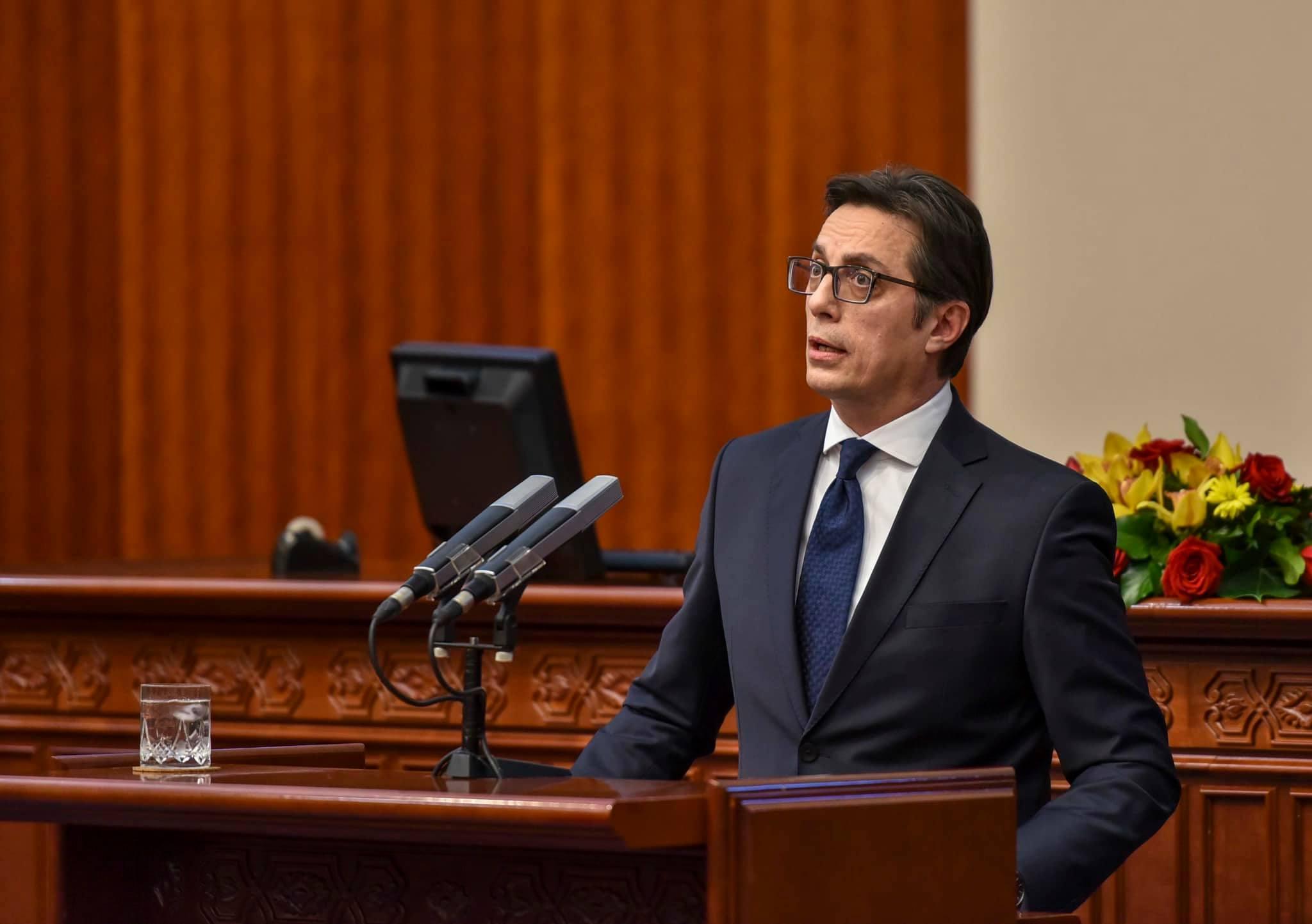Ο Pendarovski επικρίνει την εγκληματικότητα και τη διαφθορά, ζητεί ενότητα για την ευρωπαϊκή ολοκλήρωση