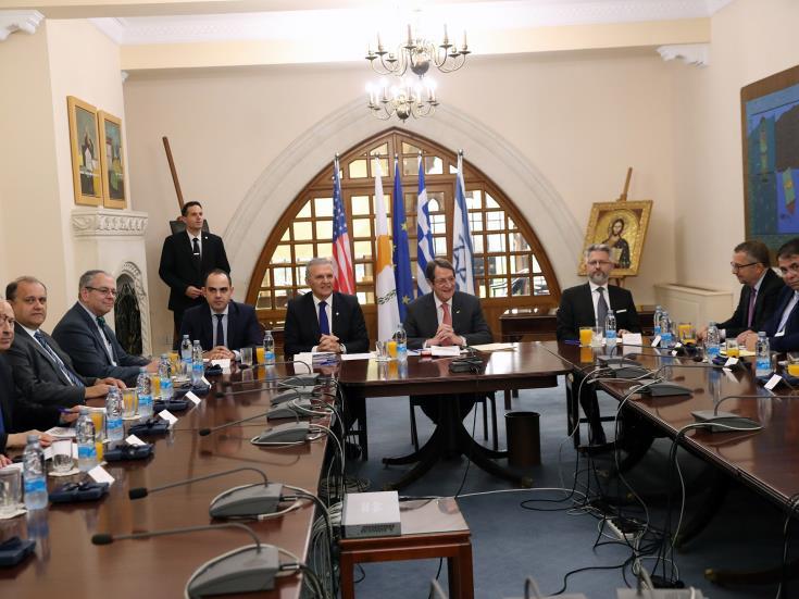 Κύπρος: Συνάντηση Αναστασιάδη με ελληνοαμερικανικές και αμερικανοεβραϊκές οργανώσεις