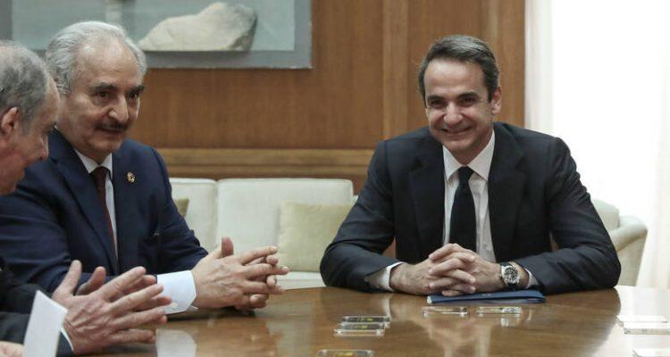 Την κατάσταση στη Λιβύη συζήτησαν Μητσοτάκης-Haftar