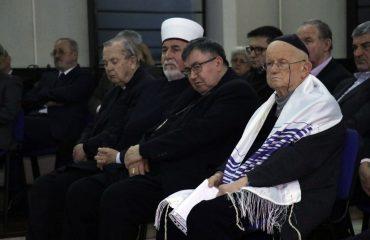 Finci: Δεν υπάρχει αντισημιτισμός στη Β-Ε, αλλά υπάρχει ξενοφοβία και παρεξηγήσεις μεταξύ των εθνοτικών ομάδων