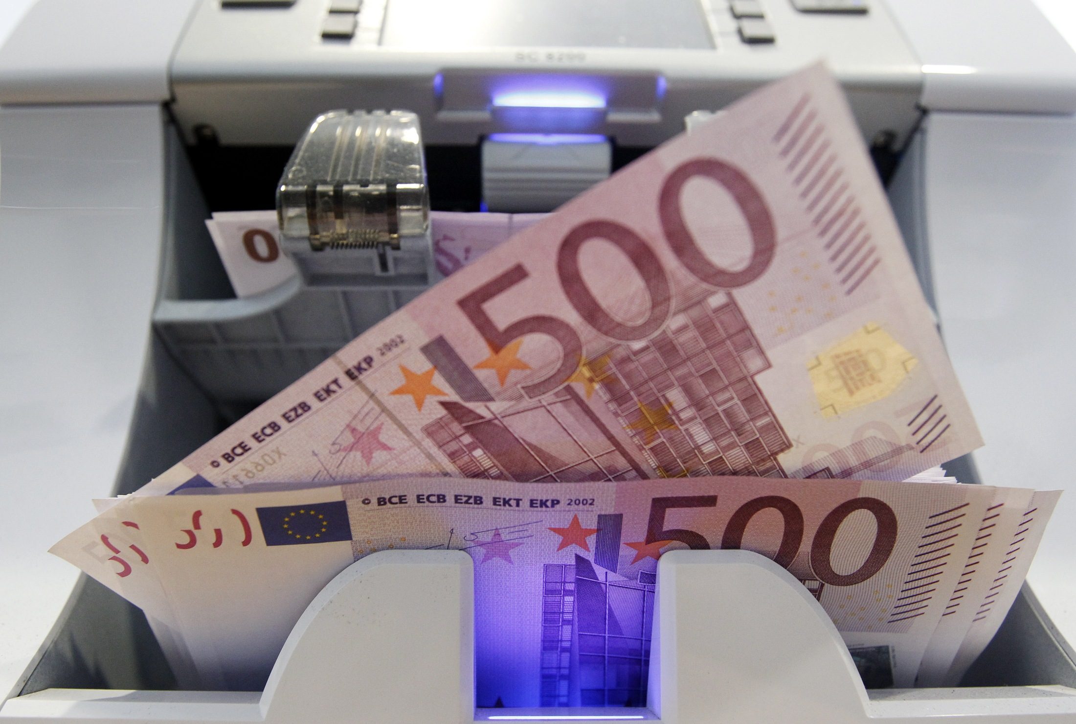 Συνεχίζεται η αύξηση των καταθέσεων στις ελληνικές τράπεζες