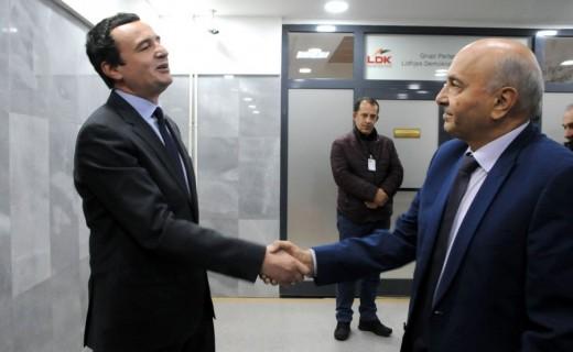 Κοσσυφοπέδιο: Vetevendosje και Δημοκρατική Λίγκα υπογράφουν συμφωνία σχηματισμού Κυβέρνησης Συνασπισμού