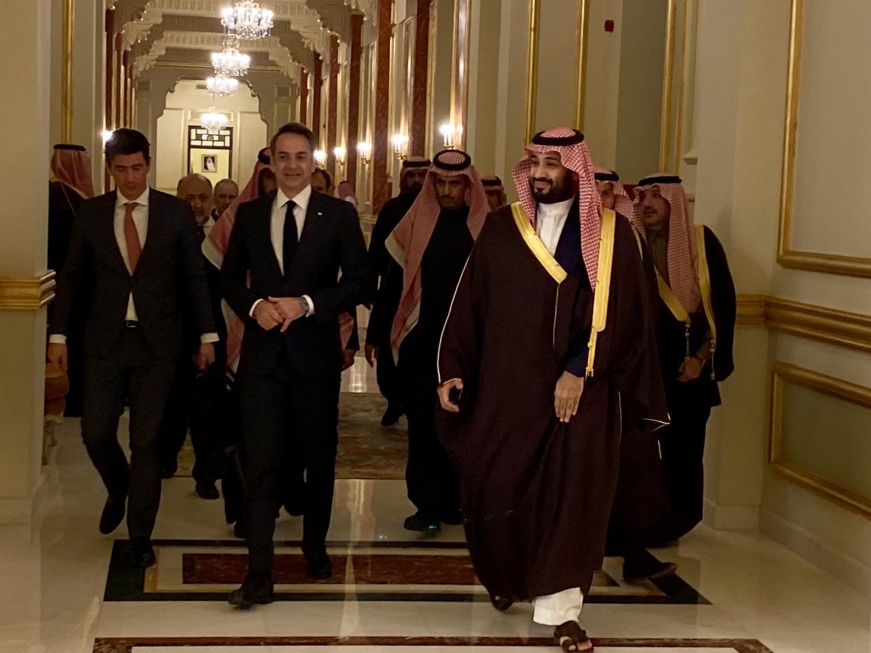 Σε θετικό κλίμα οι επαφές Μητσοτάκη στη Σαουδική Αραβία