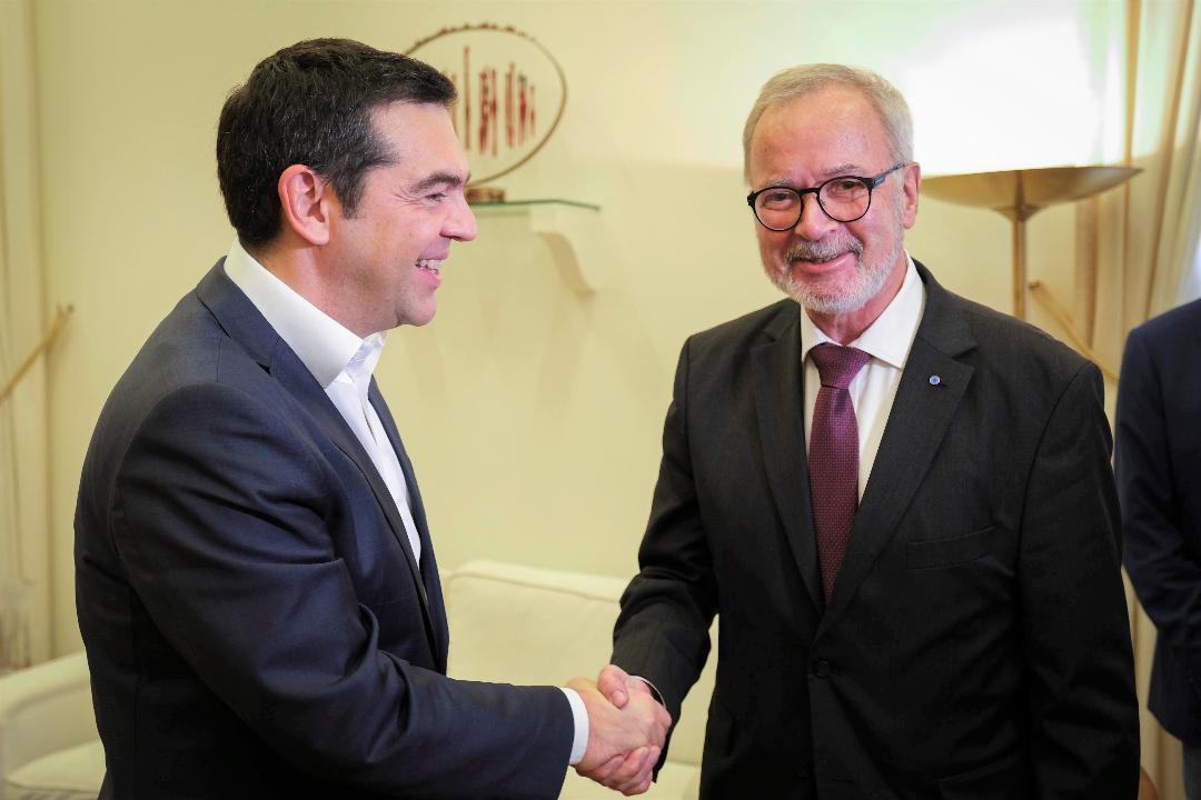 Συνάντηση Τσίπρα με τον πρόεδρο της Ευρωπαϊκής Τράπεζας Επενδύσεων