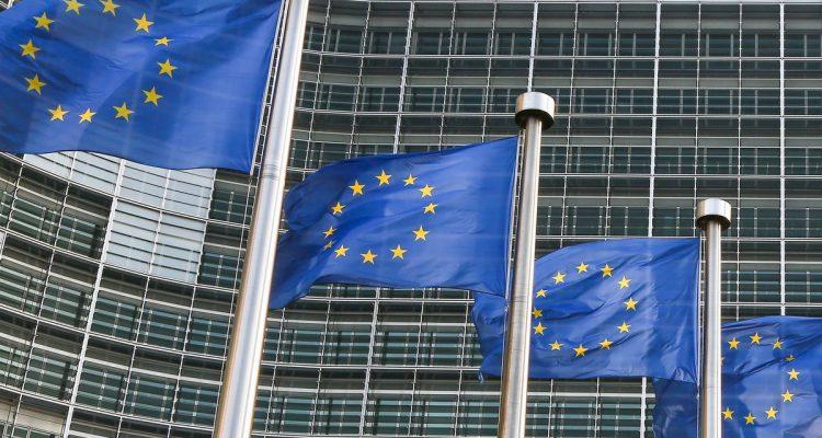 ΕΕ: Αλβανία, Βόρεια Μακεδονία και Σερβία στον κατάλογο των χωρών που μπορούν να κυκλοφορούν ελεύθερα στη ζώνη Schengen