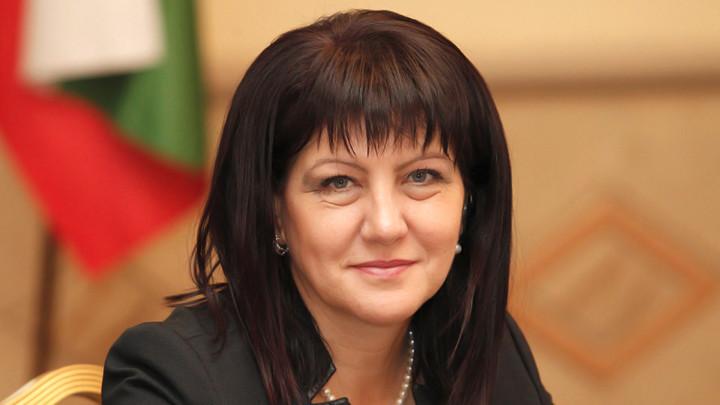 Βουλγαρία: Μόνο έκτακτες συνεδρίες πρότεινε η Πρόεδρος της Εθνοσυνέλευσης