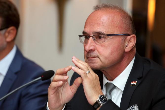"Grlić Radman: ""Επιτυχία της κροατικής προεδρίας το πράσινο φως για έναρξη διαπραγματεύσεων με τη Βόρεια Μακεδονία και την Αλβανία"""