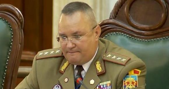 Ρουμανία: Ο στρατός θα συμπληρώσει τις προσπάθειες των άλλων θεσμών, σύμφωνα με τον ΥΠ.ΑΜ