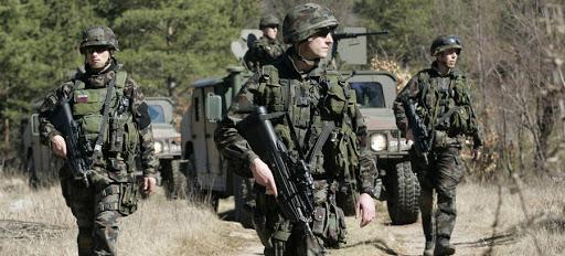 Σλοβενία: Να στείλει το στρατό στα σύνορα προς ενίσχυση του έργου της αστυνομίας σχεδιάζει η κυβέρνηση