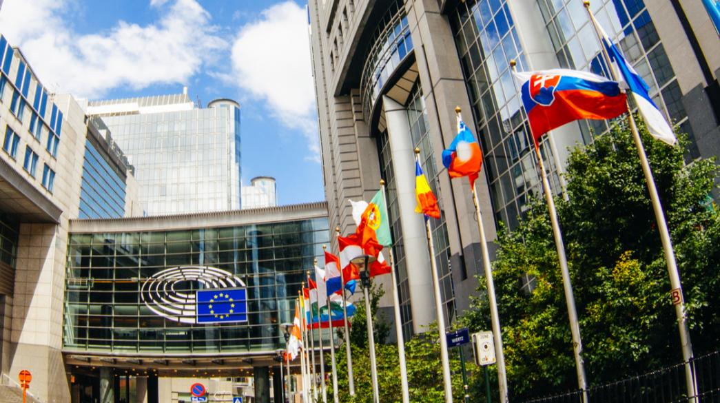 """Η Αθήνα θα πιέσει για """"κοινές λύσεις"""" για τον COVID-19 στην κρίσιμη συνεδρίαση του Eurogroup"""