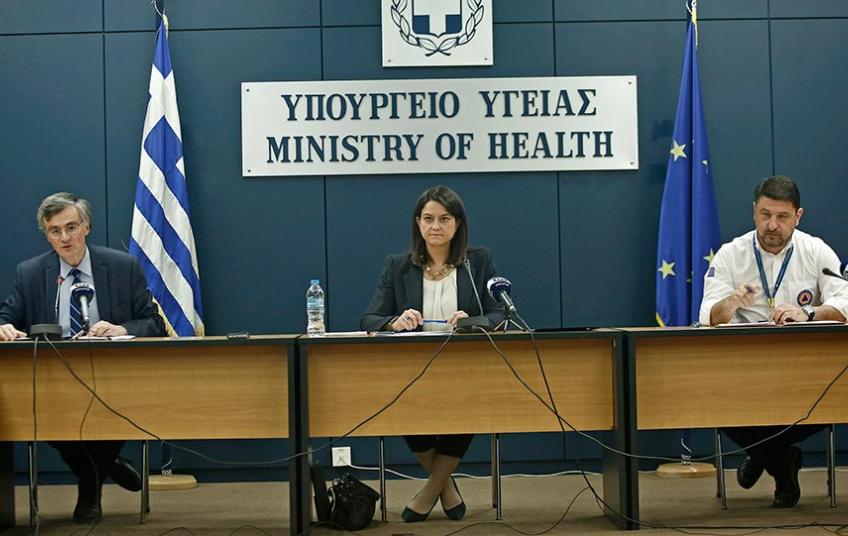 Η Ελλάδα στον αγώνα για να καλύψει το χαμένο έδαφος, καθώς ο Covid-19 συγκρατείται