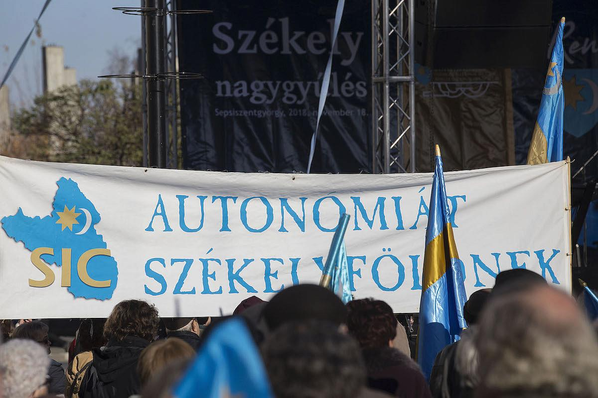 Ρουμανία: Ένταση εντός κι εκτός της χώρας προκαλεί το νομοσχέδιο για την αυτονομία του Szekler Land