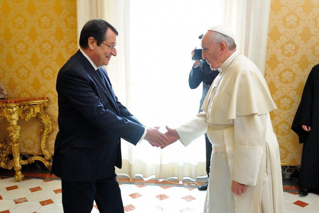 Κύπρος: Επικοινωνία Αναστασιάδη με τον Πάπα