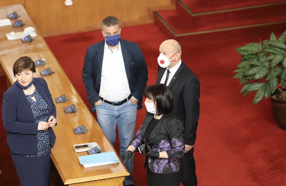 Βουλγαρία: Το Κοινοβούλιο αποφασίζει για τον νόμο περί υγείας