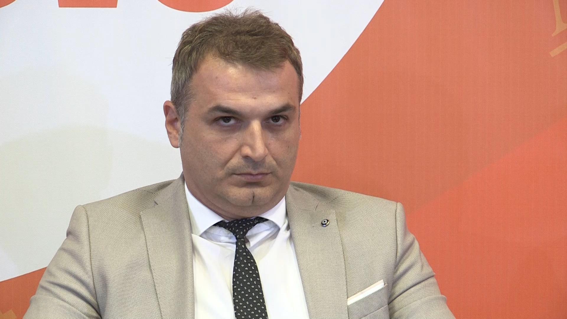 Κοσσυφοπέδιο: Απολύθηκε ο Διευθυντής Πολιτικής Αεροπορίας