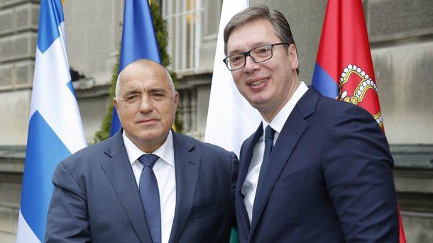 Τηλεφωνική επικοινωνία Vucic Borissov