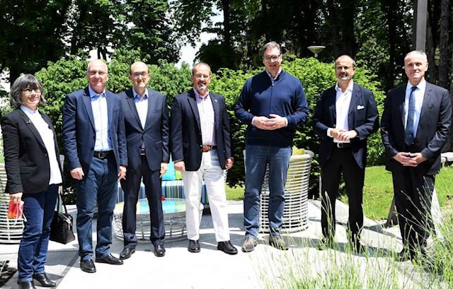 Σερβία: Συνάντηση Vučič με τους Πρέσβεις των χωρών Quint