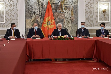 Μαυροβούνιο: Την οργή του Βελιγραδίου προκάλεσε η απόφαση της κυβέρνησης να μην ανοίξει τα σύνορα με τη Σερβία