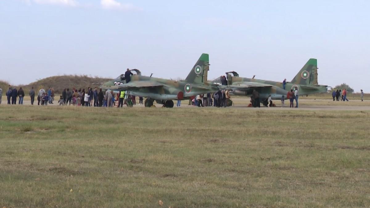Βουλγαρία: Η πανδημία μπορεί να καθυστερήσει για ένα δίμηνο την επιστροφή των SU-25