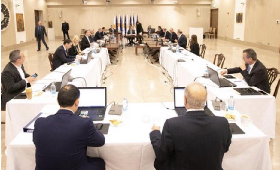 Κύπρος: Κάλεσε τους αρχηγούς τον κομμάτων να τον συνοδεύσουν στην ΝΥ ο Αναστασιάδης
