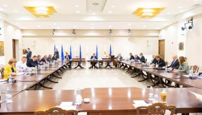 Κύπρος: Συνάντηση Αναστασιάδη με φορείς της οικονομίας για τα επόμενα βήματα στήριξης των επιχειρήσεων