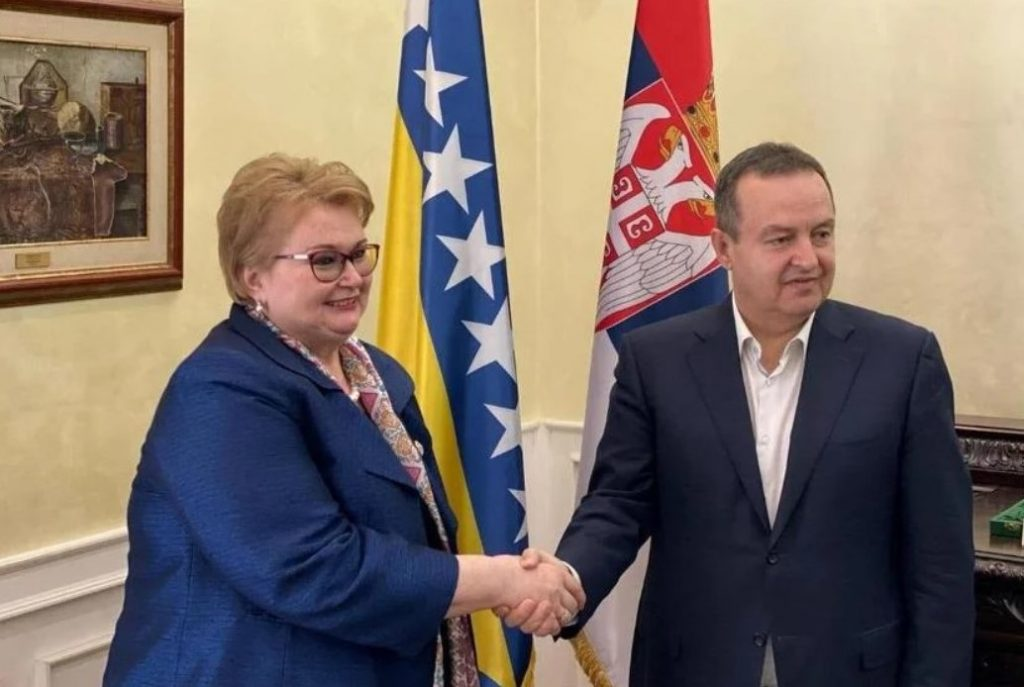 B-E: Πρώτη επίσκεψη της Υπουργού Εξωτερικών στη Σερβία