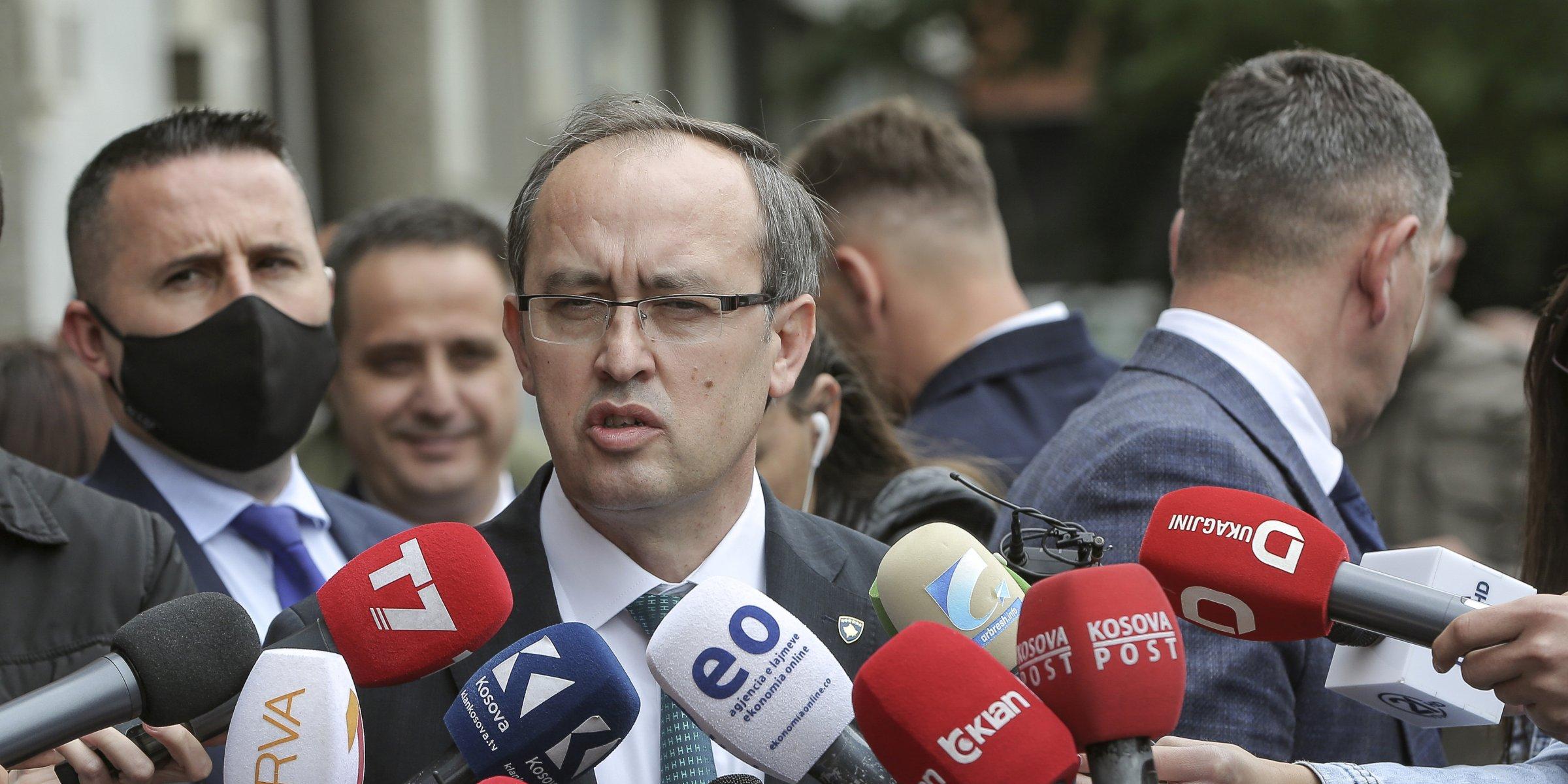 Κοσσυφοπέδιο: Πρόεδρος και Πρωθυπουργός πρέπει να πορευτούν μαζί στο διάλογο με τη Σερβία, είπε ο Hoti