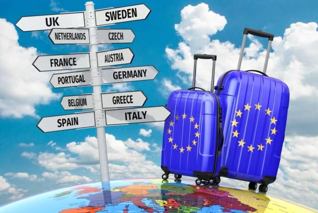 Ελλάδα: Βουτιά στην εισερχόμενη ταξιδιωτική κίνηση τον Απρίλιο