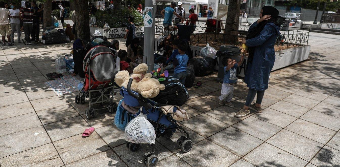 Ελλάδα: Καταγγέλλει την πολιτική της Κυβέρνησης ο ΣΥΡΙΖΑ για τους αναγνωρισμένους πρόσφυγες