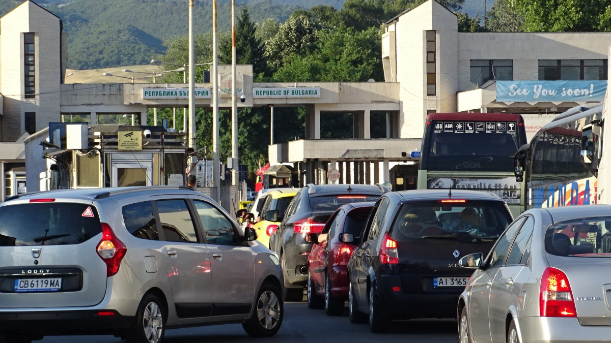 Ελλάδα: Έκτακτα μέτρα στα σύνορα με Βουλγαρία, υποχρεωτικό το αρνητικό τεστ