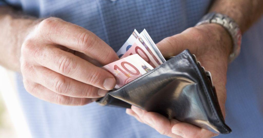 Ελλάδα: Από το α' τρίμηνο σε κάθοδο η ελληνική οικονομία